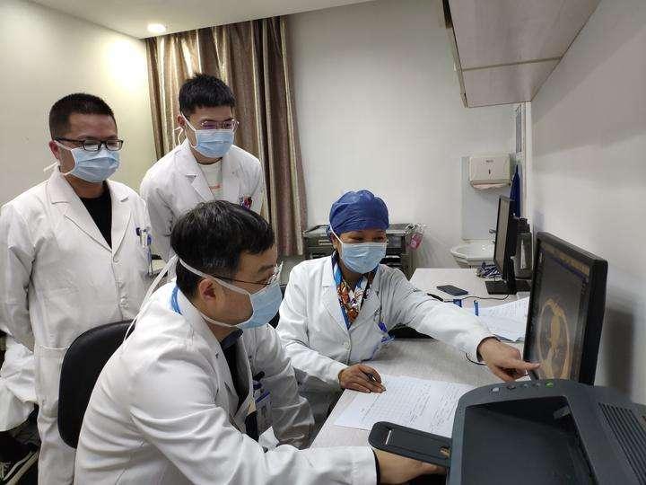 抗击新型肺炎疫情初二作文5篇精选2020