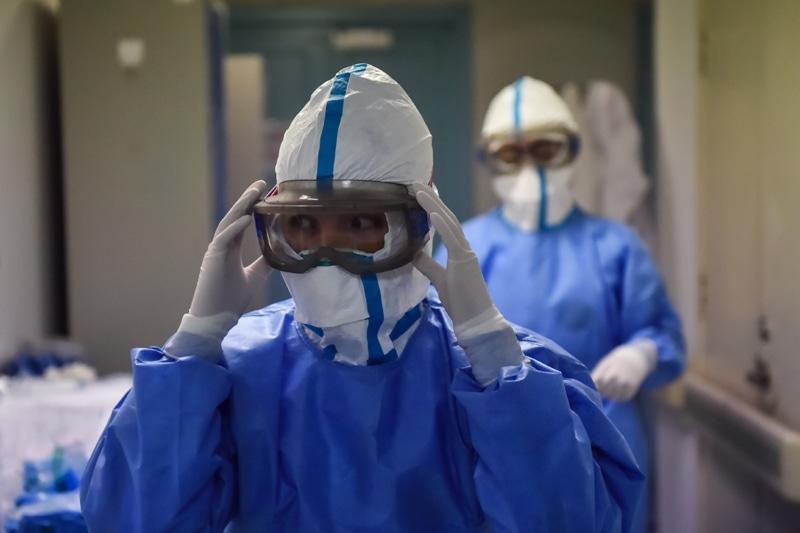 新冠肺炎疫情防控党员工作心得总结最新大全3篇