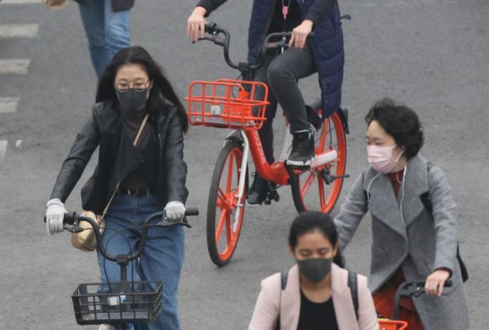 2020党员防控疫情先进事迹材料范文5篇